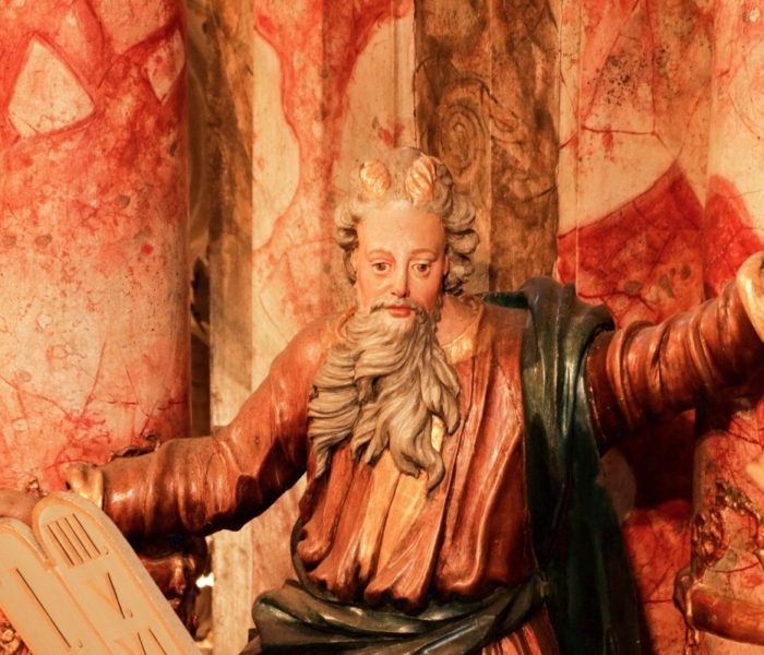 Wer hat Mose Hörner aufgesetzt?